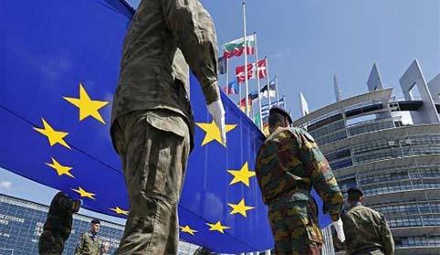 La hora de una política de seguridad y defensa independiente de la Unión Europea